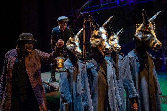 La maschera teatrale - Foto Filippo Manzini